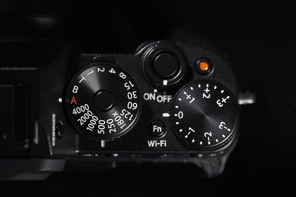 Fujifilm_X-T1_top.jpg