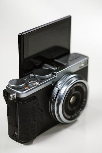 Fujifilm_X70_008-1.jpg