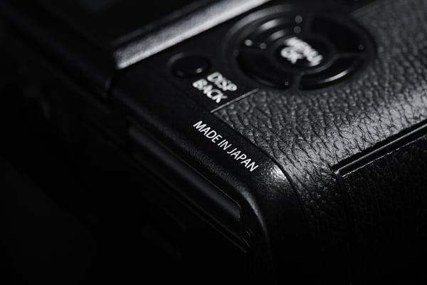 XT1_japan_BlackBK.jpg
