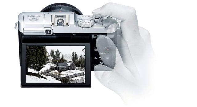 fujifilm-XM1-Display-2.jpg