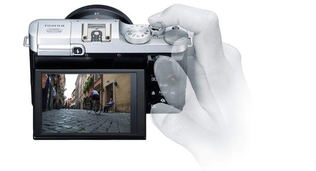 fujifilm-XM1-Display-e1372447972359.jpg