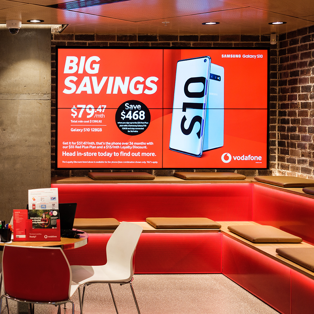 Staggering digital signage roll out-2