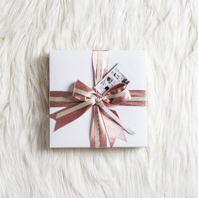 instax gifting.jpg